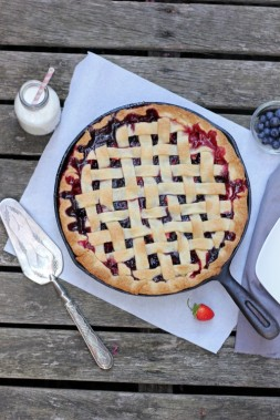 Strawberry & Blueberry Custard Pie